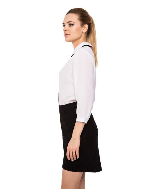 Biała koszula z kontrastowym pasem i kołnierzykiem                                  zdj.                                  7