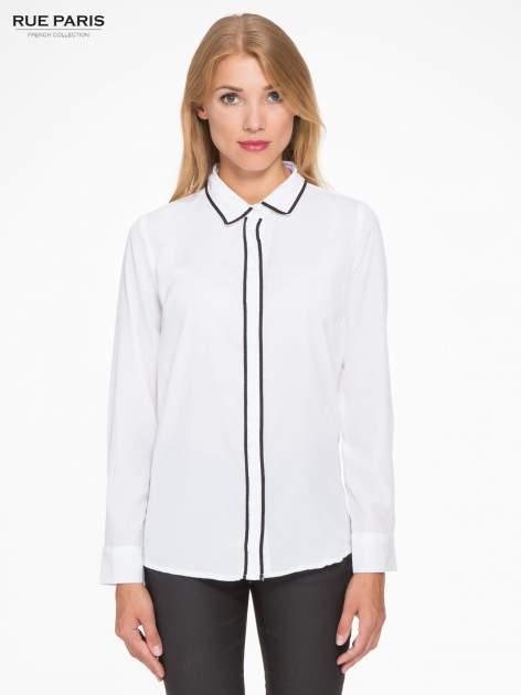 Biała koszula z małym kołnierzykiem i kontrastowym obszyciem                                  zdj.                                  1
