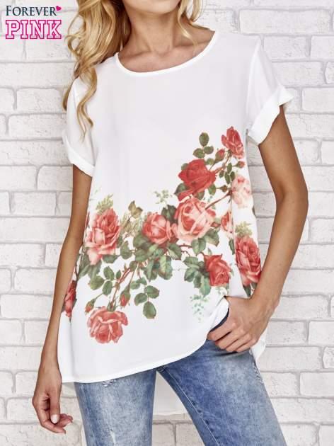 Biała koszula z motywem kwiatów