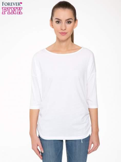 Biała luźna bluzka z rękawem 3/4                                  zdj.                                  1
