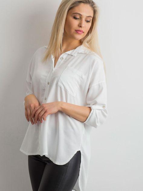 Biała luźna koszula                              zdj.                              6