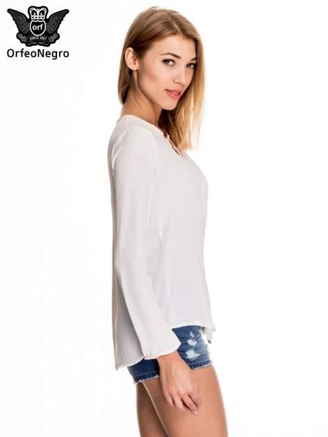 Biała minimalistyczna koszula z różową listwą                                  zdj.                                  3