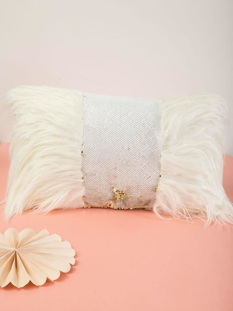 Biała poduszka z cekinami