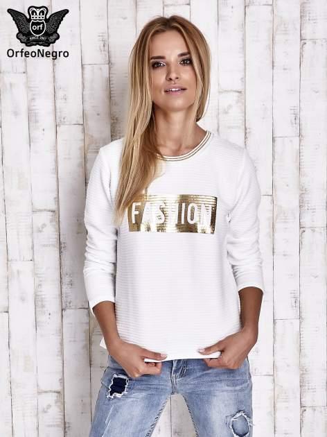 Biała prążkowana bluza ze złotym nadrukiem FASHION                                  zdj.                                  5