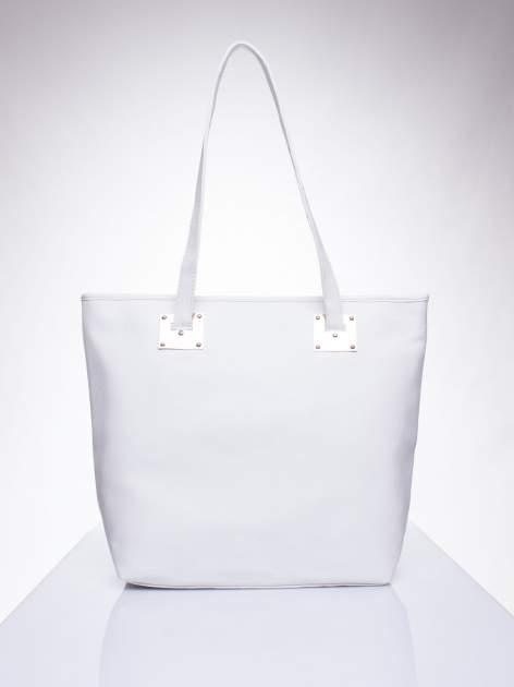 Biała prosta torba shopper bag ze złotymi okuciami                                  zdj.                                  1