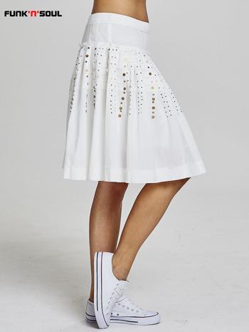 Biała rozkloszowana spódnica z cekinami Funk n Soul                                  zdj.                                  4