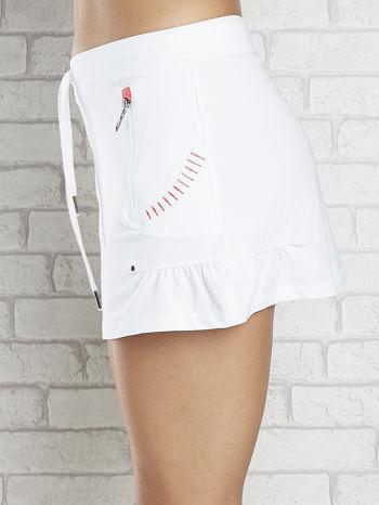 Biała spódnica dresowa z falbanką i troczkiem                                  zdj.                                  5