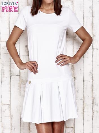 Biała sukienka dresowa z kokardami z tyłu                                  zdj.                                  1