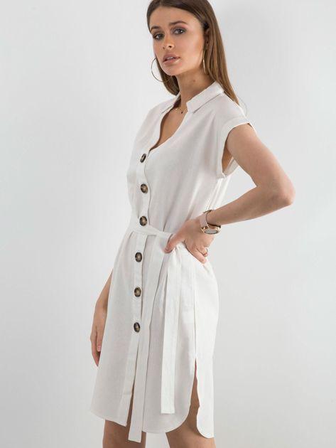 Biała sukienka z asymetrycznym zapięciem                              zdj.                              1