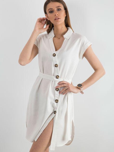Biała sukienka z asymetrycznym zapięciem                              zdj.                              3