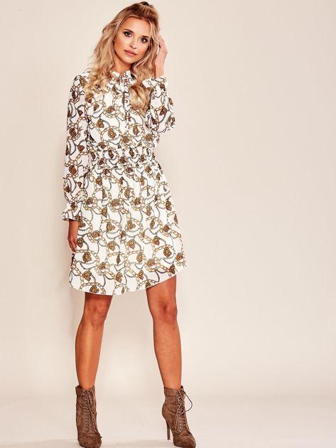 Biała sukienka z printem                              zdj.                              4