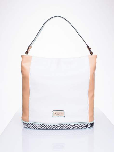 Biała torba na ramię z motywem geometrycznym                                  zdj.                                  1