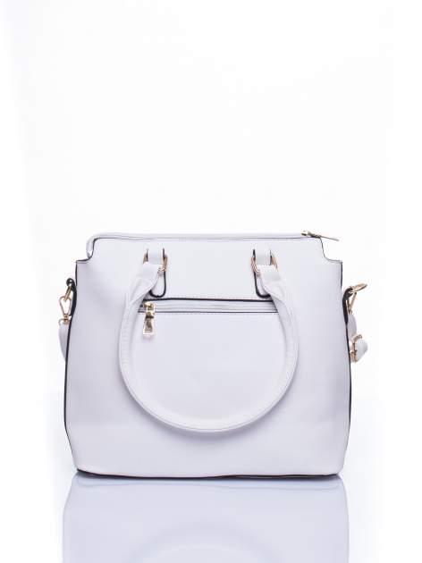 Biała torba na ramię z ozdobnymi detalami                                   zdj.                                  3