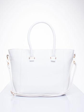 Biała torebka trapezowa z odpinanym paskiem