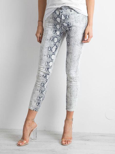 Białe jeansy skóra węża                              zdj.                              1