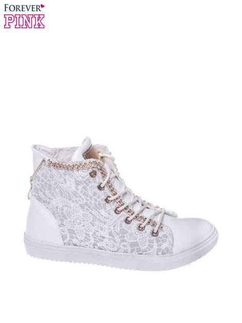 Białe koronkowe sneakersy z łańcuszkiem                                  zdj.                                  1