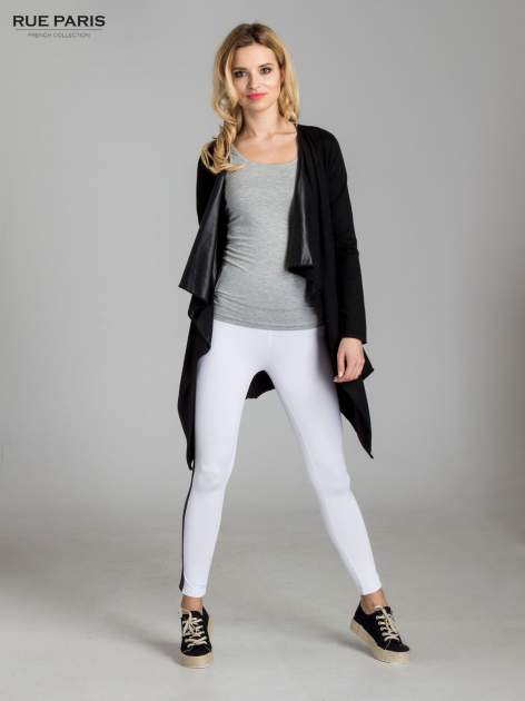 Białe legginsy ze skórzanymi lampasami po bokach                                  zdj.                                  2