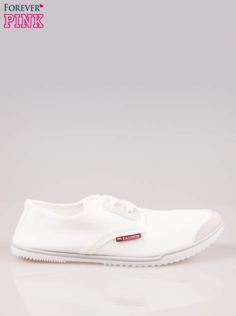 Białe miękkie trampki damskie
