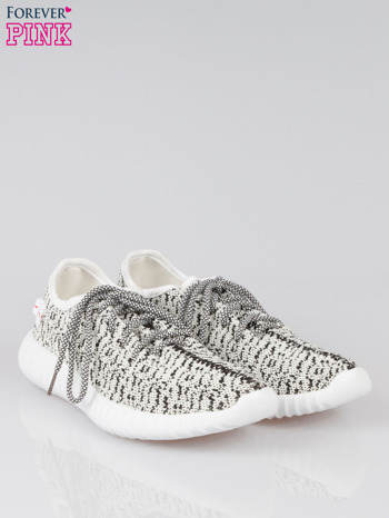 Białe sportowe buty textile Blossom z czarnym nadrukiem                                  zdj.                                  2