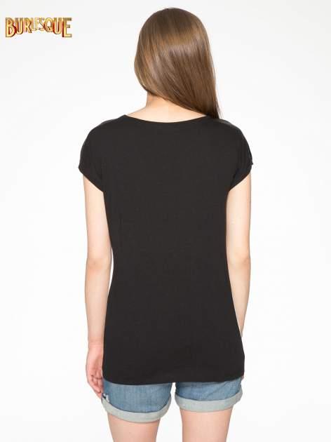 Biało-czarny t-shirt z nadrukiem wieży Eiffla                                   zdj.                                  4