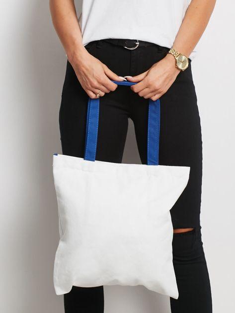 Biało-niebieska torba materiałowa z haftem                              zdj.                              3