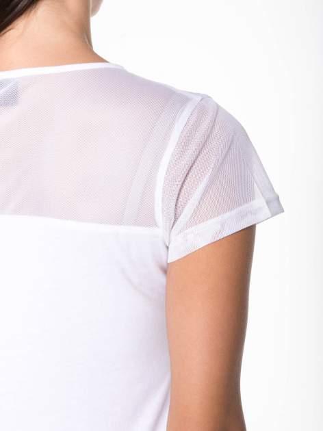 Biały bawełniany t-shirt z siateczką                                  zdj.                                  9
