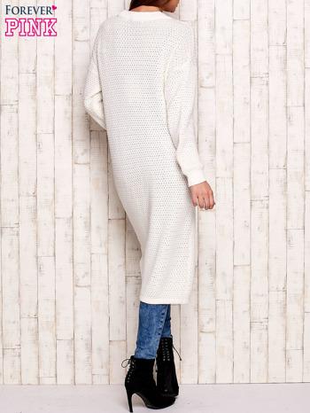 Biały długi dzianinowy sweter                                  zdj.                                  2