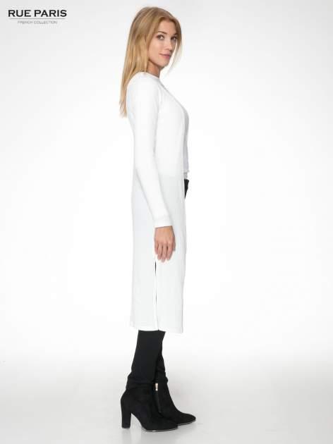 Biały długi prążkowany sweter kardigan                                  zdj.                                  3