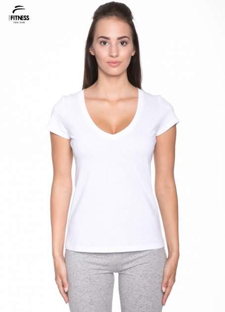 Biały gładki t-shirt z dekoltem w serek                                  zdj.                                  1