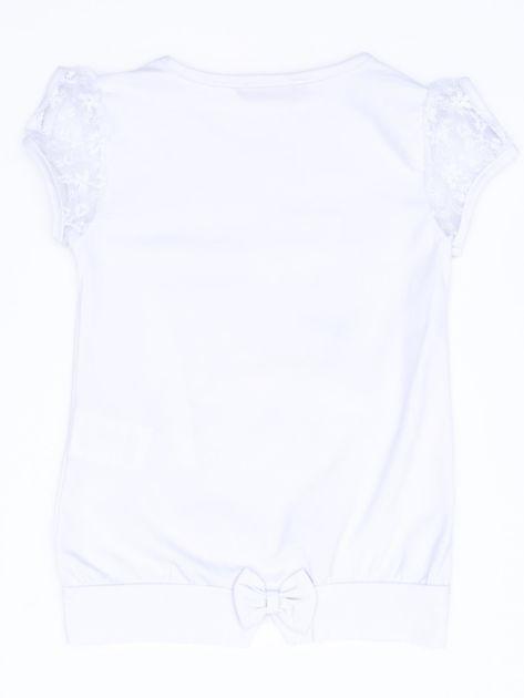 Biały t-shirt dla dziewczynki z kwiatami                              zdj.                              2