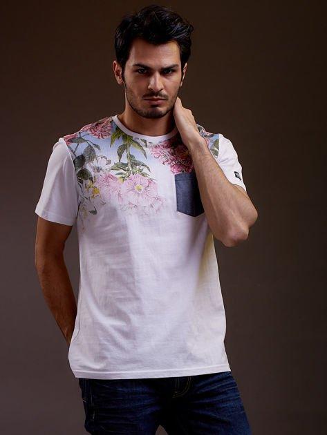 Biały t-shirt męski w kwiaty FUNK N SOUL                              zdj.                              1