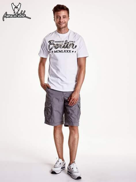 Biały t-shirt męski z nadrukiem moro                                  zdj.                                  3