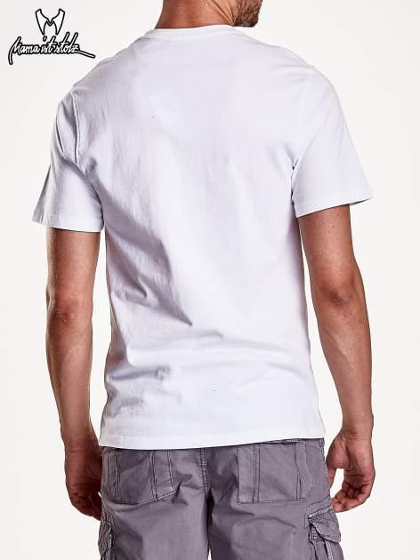 Biały t-shirt męski z nadrukiem moro                                  zdj.                                  6