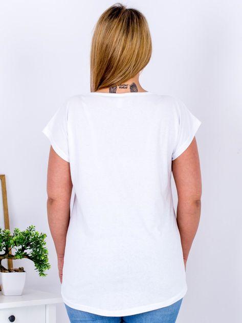 Biały t-shirt z jaskrami PLUS SIZE                              zdj.                              2