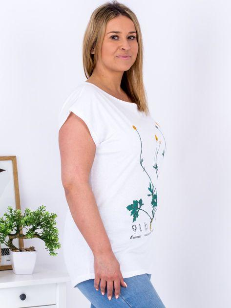 Biały t-shirt z jaskrami PLUS SIZE                              zdj.                              5