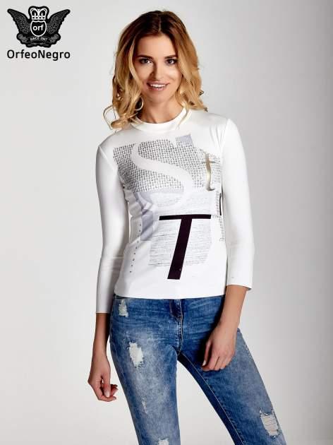 Biały t-shirt z nadrukiem                                  zdj.                                  1