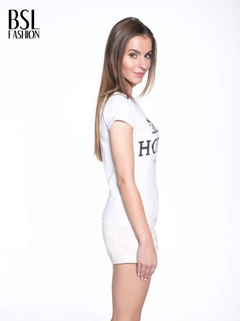 Biały t-shirt z nadrukiem HOMIES NEW YORK                                  zdj.                                  3