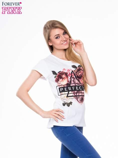 Biały t-shirt z nadrukiem trójkąta i napisem PERFECTION                                  zdj.                                  2