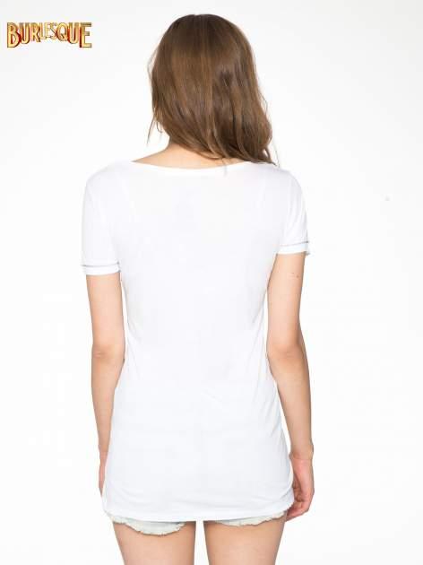 Biały t-shirt z napisem EVERY WOMAN IS A REBEL                                  zdj.                                  9