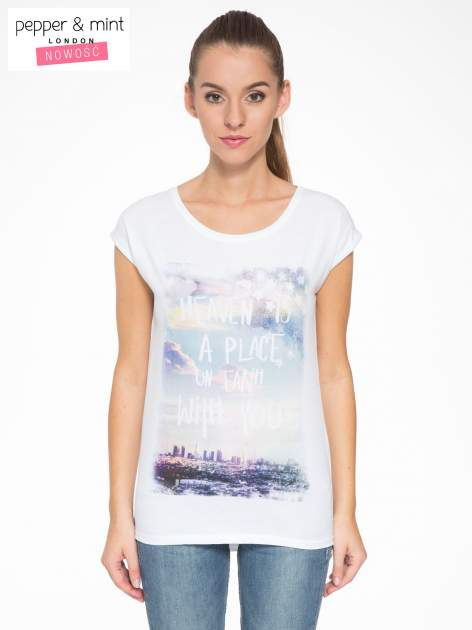 Biały t-shirt z napisem HEAVEN IS A PLACE ON EARTH WITH YOU                                  zdj.                                  1