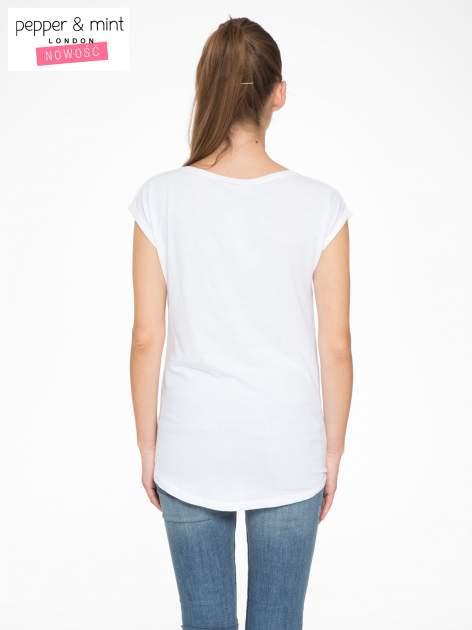 Biały t-shirt z napisem HEAVEN IS A PLACE ON EARTH WITH YOU                                  zdj.                                  4