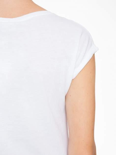 Biały t-shirt z napisem HEAVEN IS A PLACE ON EARTH WITH YOU                                  zdj.                                  9