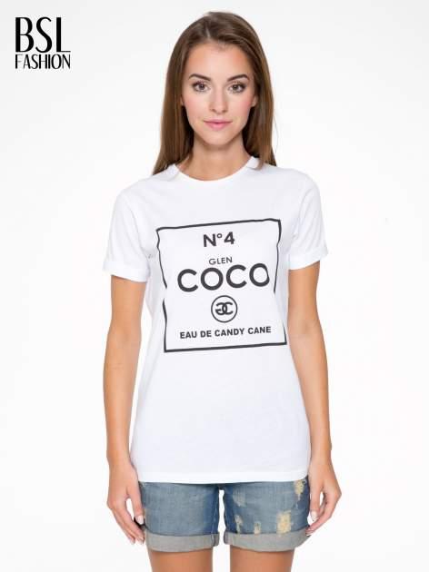 Biały t-shirt z napisem Nº4 COCO