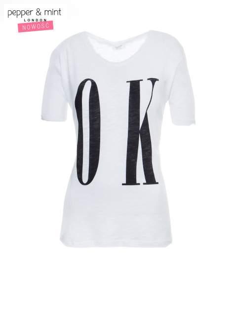Biały t-shirt z napisem OK                                  zdj.                                  2