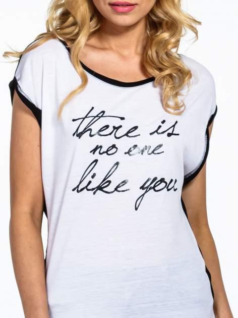 Biały t-shirt z napisem THERE IS NO ONE LIKE YOU                                  zdj.                                  4