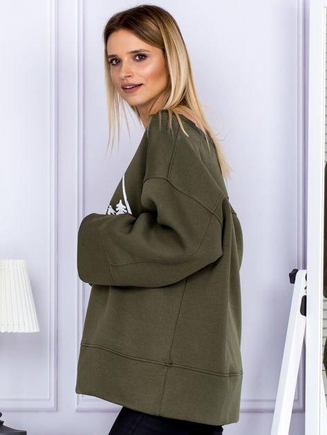 Bluza damska z górskim nadrukiem i szerokimi rękawami khaki                                  zdj.                                  5