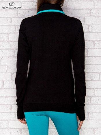 Bluza damska ze stójką i kieszeniami czarna