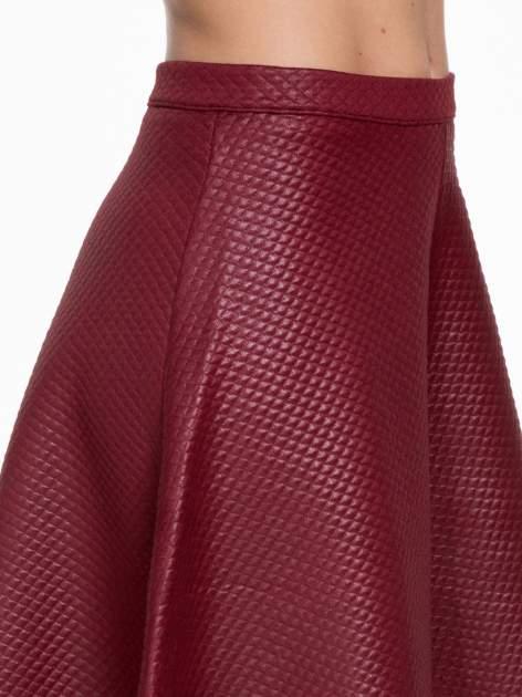 Bordowa pikowana spódnica midi                                  zdj.                                  5