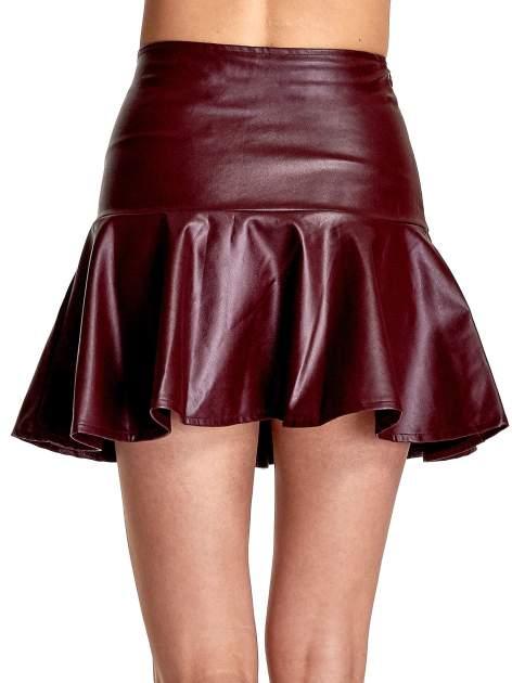 Bordowa skórzana spódnica mini z falbaną                                  zdj.                                  7