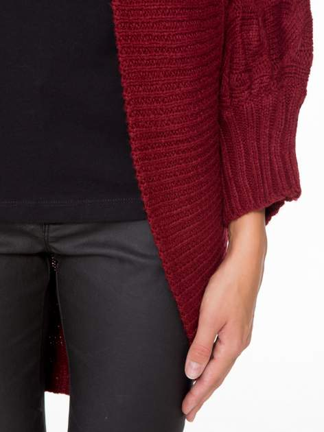 Bordowy dziergany sweter typu otwarty kardigan                                  zdj.                                  6